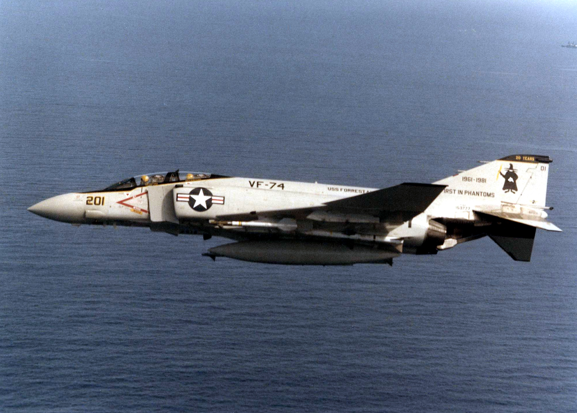 F-4J_of_VF-74_First_in_Phantoms_in_flight_in_1981.jpg