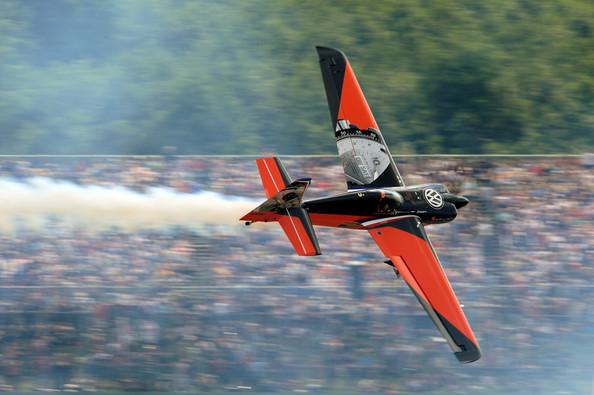 Nicolas+Ivanoff+Red+Bull+Air+Race+F7st2E9L92Ol.jpg